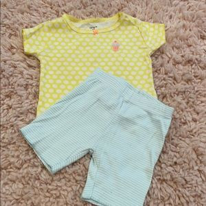 Carter's Two piece pajama set